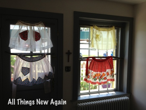 Kitchen apron curtains 1