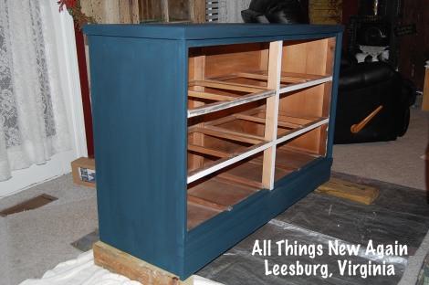 flag dresser_blue cabinet