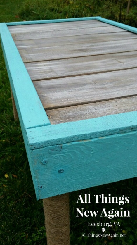 Real Milk Paint_Aqua and Soft White mix_closeup