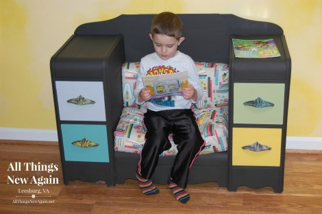 Joey in the Kids Book Nook