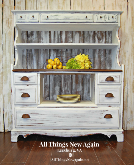 Modern Farmhouse Style | Rustic Hutch Buffet Sideboard | Painted Furniture | Real Milk Paint | Country Farmhouse Decor Ideas